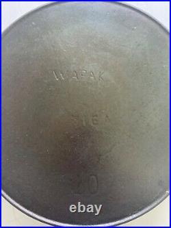 #10 Wapak cast iron skillet