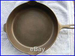 #12 WAGNER WARE, cast iron skillet, stylized logo, cn, 1062 EX, Cond, NR