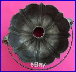1891 Griswold FRANK W HAY & SONS, Johnstown PA Cast Iron Cake Mold Bundt Pan 965