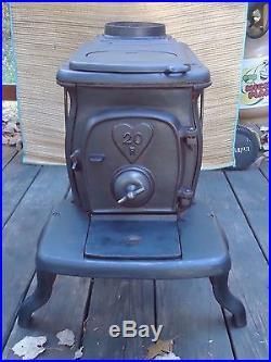 1905-1923 Martin Stove And Range Cook Heating Stove, Cast Iron, Nice Piece