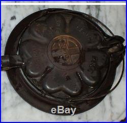 1920 GRISWOLD antique kitchen ERIE HEART STAR CAST IRON WAFFLE MAKER No. 18