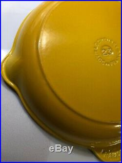#23 Dijon Yellow LE CREUSET 9.5 Skillet Double Spout EUC Enameled Cast Iron