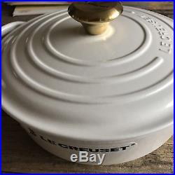 $230 Le Creuset Signature Cocote Cast Iron Dutch Oven White Round #24 3.5 1/2 qt