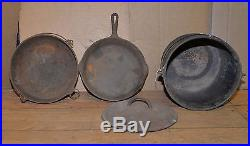 4 cast iron pan pot cauldron Griswold large and small logo antique collectible