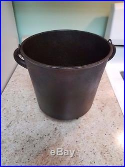 #6 Cast Iron Kettle Bean Pot 8 Dia. 8 1/2 Tall