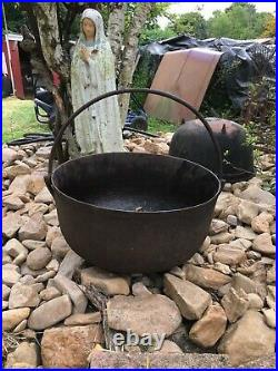 ANTIQUE CAST IRON 20 Gallon CAULDRON 3 LEG POT CAMPFIRE KETTLE