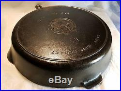 Antique Griswold #12 Cast Iron Skillet Large Block Logo Heat Ring with Lid