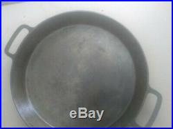 Antique Griswold Wagner Era #20 Cast Iron Double Handle Skillet. Nice