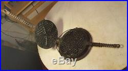 Antique Pat'd 1920 Griswold Heart Star Waffle 919 A920 Erie Pa U. S. A. No. 18