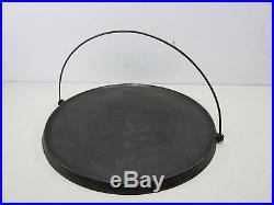 Antique Wagner Cast Iron No. 14 Griddle withBail