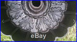 Euro Oak Leaf Cast Iron Bundt Pan