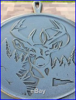 Extraordinary Lodge Wildlife Series Whitetail Buck 10 Skillet With Heat Ring