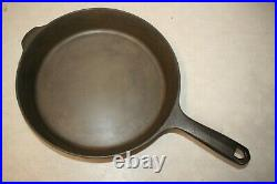 Field Company Cast Iron Skillet Number 8