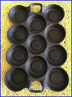 G F Filley #10 Cast Iron Gem Muffin Pan