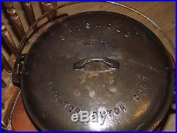 Griswold #11 Tite Top Cast Iron Dutch Oven