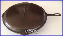 GRISWOLD #12 CAST IRON SKILLET WITH Self Basting LIDVERY NICE