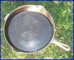 GRISWOLD 13 Slant Logo Cast Iron Skillet with Heat Ring Beautiful Condition RARE