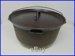 GRISWOLD 310 Cast Iron Chuck Wagon Camp Dutch Oven With #10 Lid Legs Tite-Top