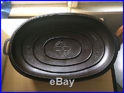 GRISWOLD Cast Iron # 9 Oval Roaster With Trivet