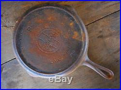 GRISWOLD Cast Iron SKILLET Frying Pan # 9 Block LOGO FIRE RING 710 B