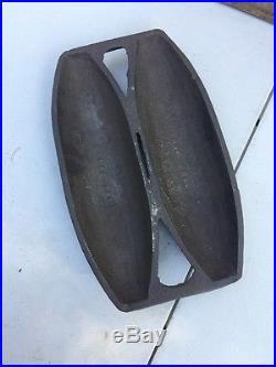 GRISWOLD No 2 VIENNA ROLL BREAD PAN Rare Original Farm Fresh Cast Iron
