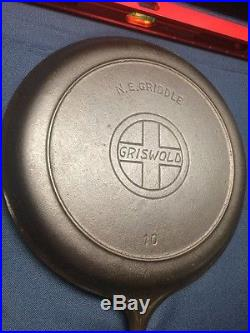 Griswold 10 Cast Iron N E Griddle