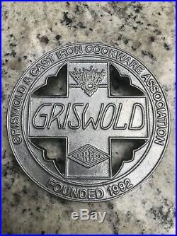Griswold # 3 Button Logo Lid