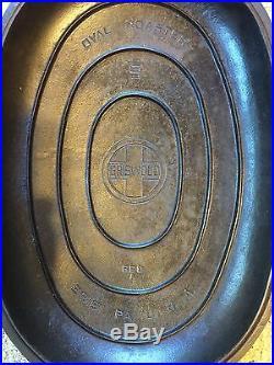 Griswold Cast Iron #9 Dutch Oven 20qt. Roaster withTrivet