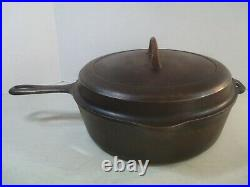 Griswold No. 8 Cast Iron Chicken Fryer 2528 Small Logo withHinged Lid GUC