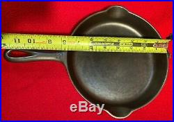 Griswold VICTOR Cast Iron # 5 skillet Sits Flat