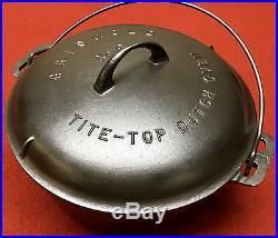 Griswold cast iron # 9 Dutch Oven & Trivet