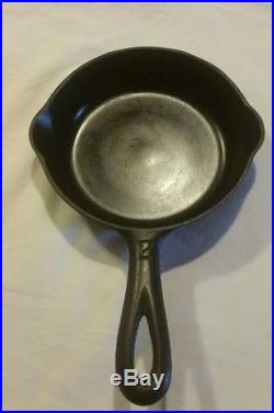 Griswold cast iron skillet 2