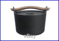 Iittala Sarpaneva 3.1 Qt. Cast Iron Enamel Pan Pot SP300030