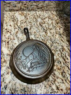 LODGE DOG 10 Cast Iron Skillet hunting dog Wildlife Series 1990s RESTORED