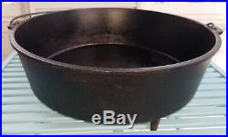 Large Lodge Number 16 Cast Iron Camp Dutch Oven Discontinued Great Condition