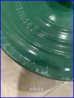 Le Creuset #24 Size 4.5 Quart Green Cast Iron Dutch Oven Pot with Lid