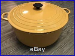 Le Creuset #34 Enameled Cast Iron Dutch Oven 13 1/4 Quarts Vintage Yellow-USED