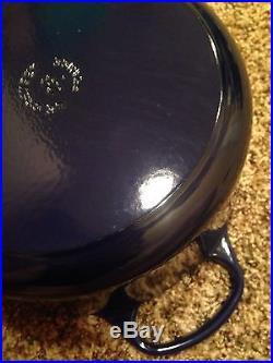 Le Creuset 5.5 QT French Round Dutch Oven Indigo Blue 26 cm 5.5 Quart Cast Iron