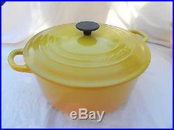 Le Creuset 7.25 Quart Round French (Dutch) Oven Golden Yellow Enamel Cast-Iron