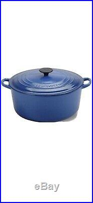 Le Creuset 9 qt French (Dutch) Oven in Cobalt Blue (Classic) New In Box