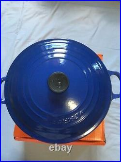 Le-Creuset Cast Iron 28cm 11inches 6.7 liters 7 1/4 US qt. Made in France