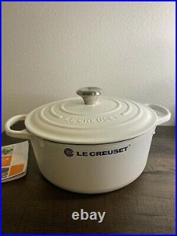 Le Creuset Classic Round Dutch Oven Casserole 5.5 Qt Matte White