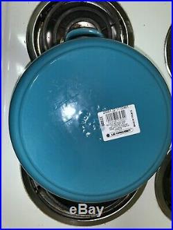 Le Creuset Round Dutch Oven 3.5 Qt Light Blue