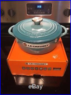 Le Creuset Round Enamel Cast Iron Oven #22 Caribbean