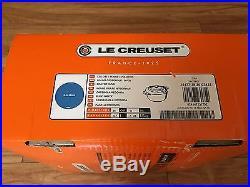 Le Creuset Signature Enameled Cast-Iron 7-1/4-Quart Round French (Dutch) Oven, M