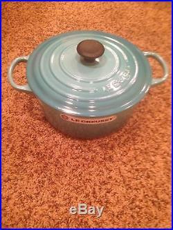 Le Creuset Turquoise Blue Cast Iron 5.5 Qt Round French Dutch Oven 26 NEW MINT
