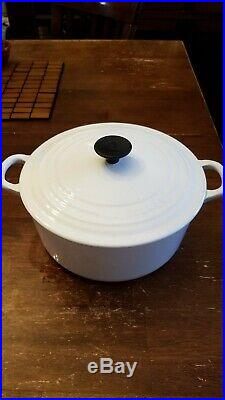 Le Creuset White Dutch Oven #22 FREE SHIPPING