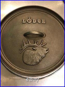 Lodge Cast Iron Elk Dutch Oven