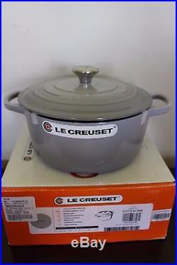 NIB Le Creuset Signature Cast Iron 3.5-qt Round Dutch Oven mist gray 3 1/2