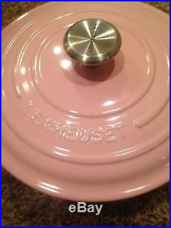 New Le Creuset Chiffon Pink Signature Cast Iron 3.5 Qt. Round Oven Rare